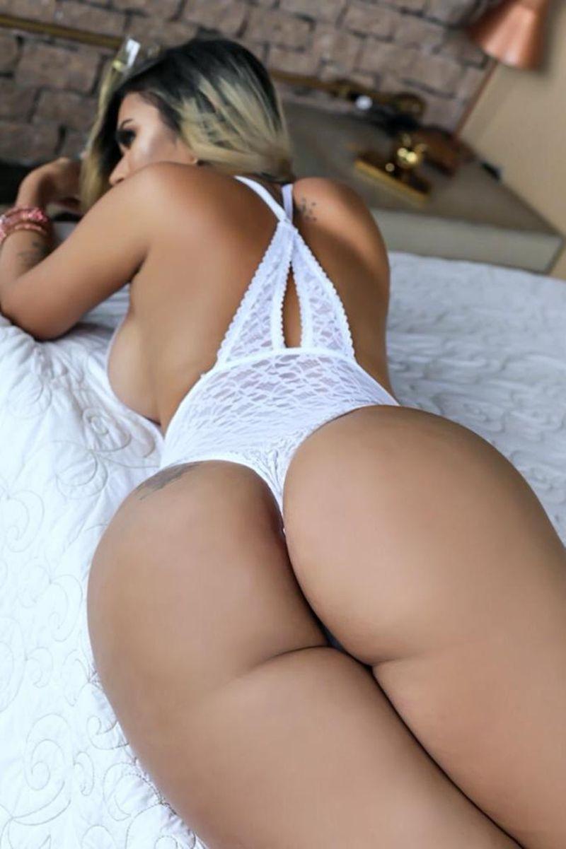 Wanessa Boyer Atriz Porno Acompanhante de Luxo - (85) 98118-8989